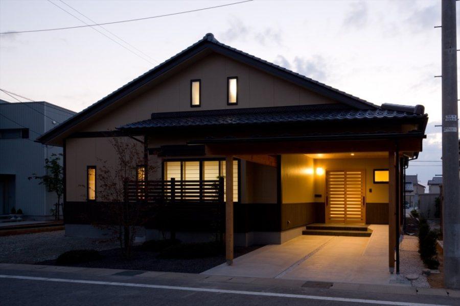 リタイア後の生活を楽しむ、光熱費ゼロの家